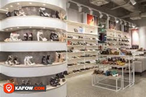 Al Aqwas Garments & Shoes