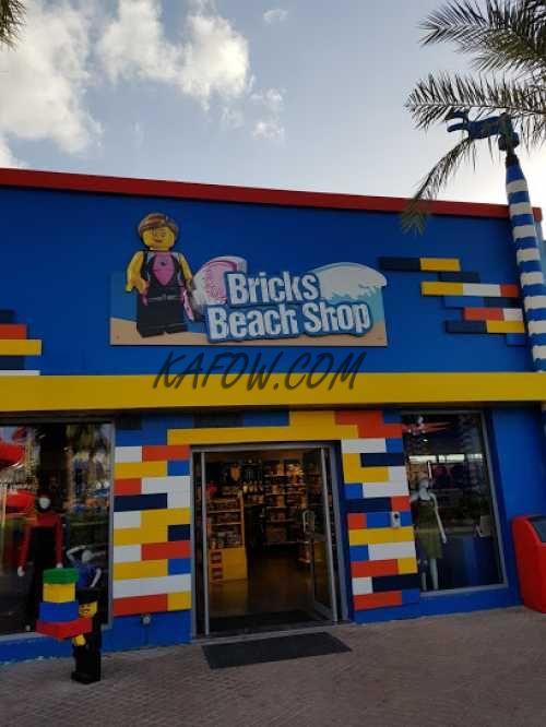 Bricks Beach Shop